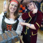 Hannah as Pirate polly.